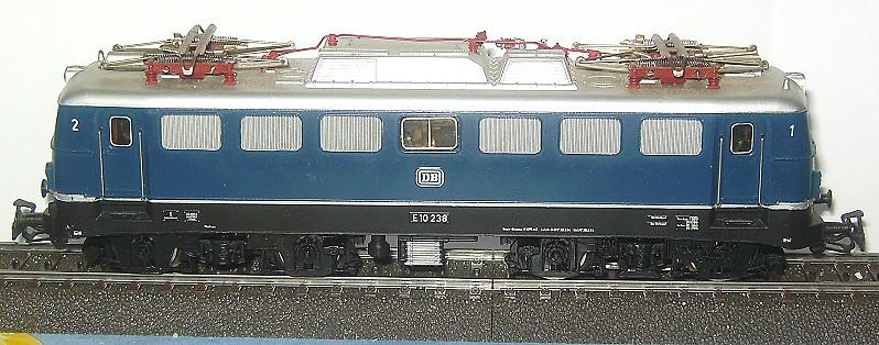 Die   E 10/110 der DB 3039-2