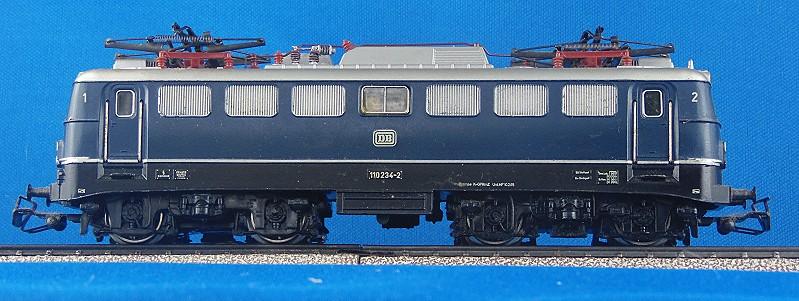 Die   E 10/110 der DB 3039-3