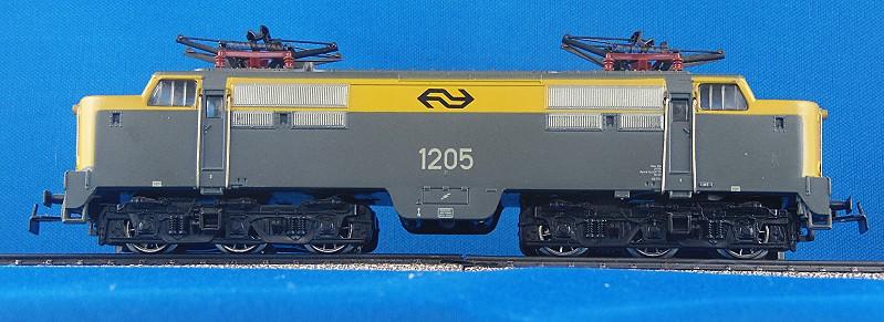 NS Loks der Serie 1200 3055-6