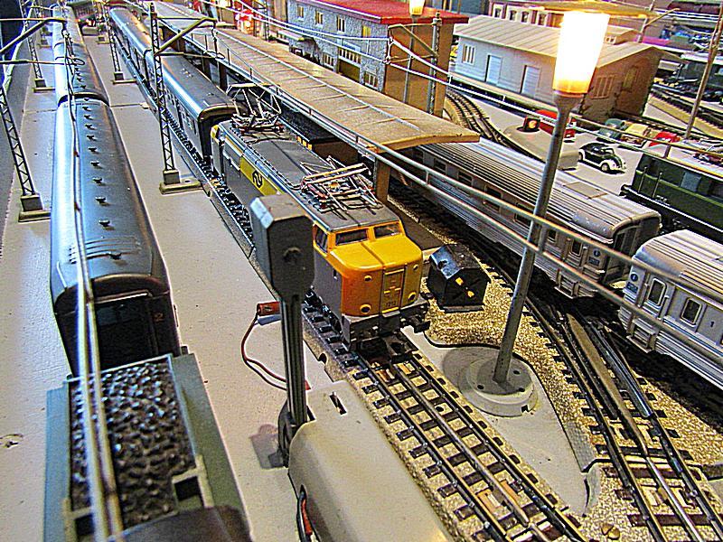 Internationale Schnellzüge in Heinhausen IMG_2230