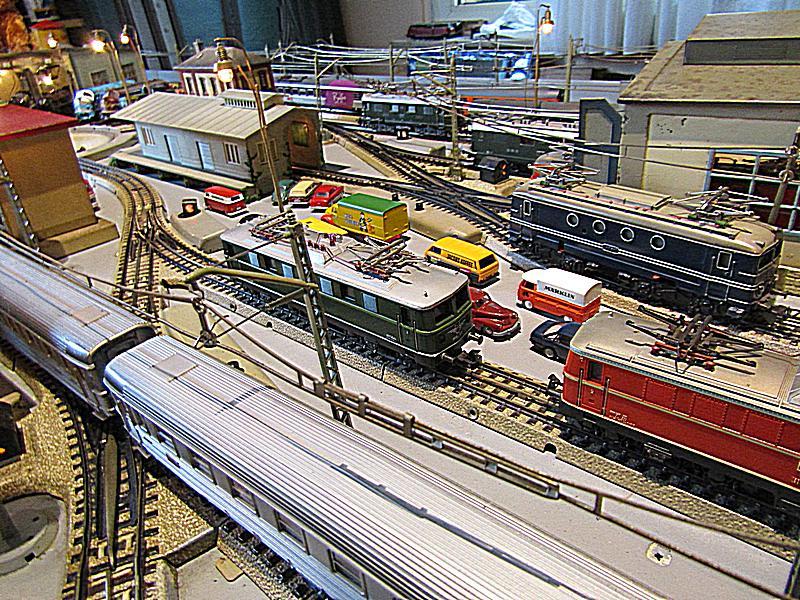 Internationale Schnellzüge in Heinhausen IMG_2237